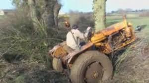 tracteur en bois tracteur embourbé vidéo dailymotion