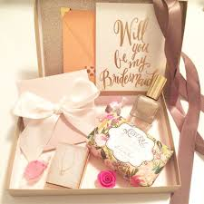 bridesmaids invitation boxes best 25 bridesmaid invitation box ideas on brides