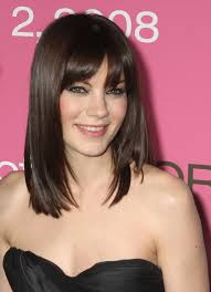 short bangs medium hair trendy hairstyles to slim your round face