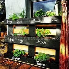 where can i find easy free standing planter box plans to go under