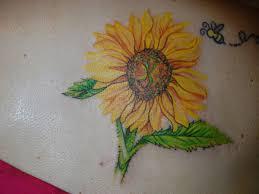 35 tremendous sunflower tattoo designs slodive