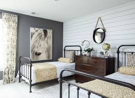 Bedrooms With Metal Beds Best 25 Black Metal Bed Ideas On Pinterest Black Metal Bed
