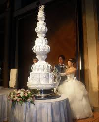 giant wedding cakes giant wedding cakes bing images wedding ideas pinterest
