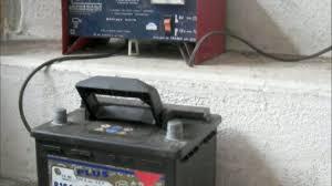 Chargeur Batterie Norauto by Comment Utiliser Un Chargeur De Batterie Pour Votre Voiture