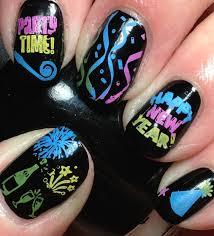 latest nail art ideas for new year celebrations trendy mods com