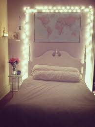 Best Way To String Christmas by Best Way To Hang Christmas Lights On Wall Small Bedroom Fairy