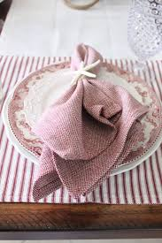 a starfish cottage holiday tablescape a blog hop a heritage