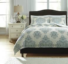amazon com ashley fairholm king duvet cover set in turquoise