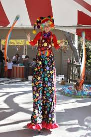 clown stilts circusartistes