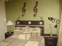 Green Bedroom Walls by Green And Purple Rooms Gorgeous Home Design