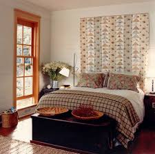 Picture Hanging Design Ideas Bedroom Decorating Ideas What To Hang Over The Bed