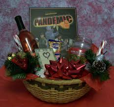 christmas gift baskets family ten best and gift baskets for christmas all about