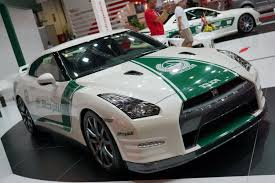 fastest police car dubai u0027s cop cars u2013 from the elegant to the exotic