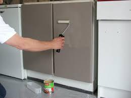 peindre meuble cuisine stratifié repeindre ses meubles de cuisine galerie photos d article 23 25