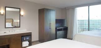 hotels with 2 bedroom suites in denver co embassy suites by hilton denver tech center north hotel
