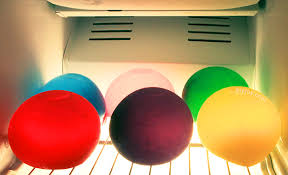 Balloon Diy Decorations Keep Party Drinks Cold And Colorful With Frozen Water Balloons