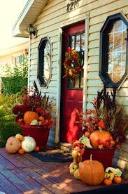 Fall Porch Decorating Ideas 20 Simple Fall Porch Decor For Halloween And Thanksgiving Home