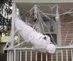 Life Size Outdoor Halloween Decorations by Best 25 Halloween Outside Ideas On Pinterest Front Porch