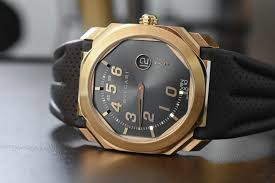 gold maserati logo bulgari launches new octo retro maserati gransport u0026 granlusso