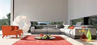 canapé en cuir contemporain roche bobois composition de grands canapés d angle gris et fauteuils oranges
