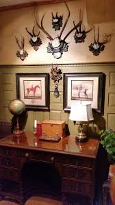 Lodge Style Home Decor Best 20 Hunting Lodge Interiors Ideas On Pinterest Rustic Man