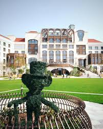 shanghai disneyland hotel first look inside pursuitist