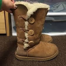 ugg s bailey button boots peacock green reserved chestnut bailey button triplet uggs triplets uggs and