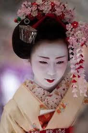 Geisha Hairstyles A Geisha U0027s Hairstyle Was Created With Wax It Took Hours To Melt