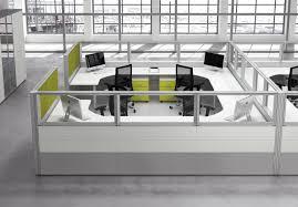 bureau en open space open space optimisation des mètres carrés bureaux aménagements