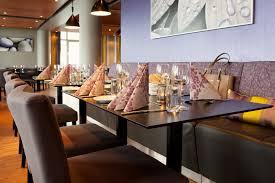 Restaurant Dining Room Tables Restaurant U0026 Bar At Scandic ålesund In Alesund
