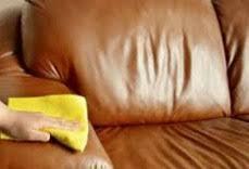 raviver un canapé en cuir nettoyer un canapé cuir très sale tout pratique