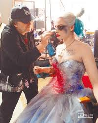squad photo shows harley quinn in a wedding dress - Harley Quinn Wedding Dress