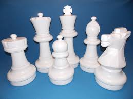 White Chess Set Giant Plastic Chess Set With 25