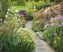 Walkway Garden Ideas How To Make Garden Pathways Garden Path Ideas Mixed Material