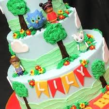 daniel tiger cake daniel tiger cake ideas cake ideas