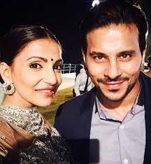 bolã ro mariage ishqbaaz navina bole aka gets engaged to time