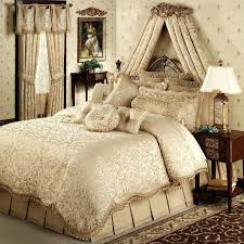 Tropical Bedspreads And Coverlets Coverlets And Quilts Contemporary C F Natural Shells Tropical