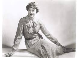 fly si e social amelia earhart fashion to inspire flight national air and