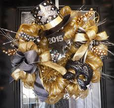 ideas creative new year eve wreath and garland party supplies