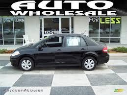 nissan sedan black 2011 nissan versa 1 8 sl sedan in super black 405401 autos of