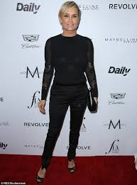 who dors yolanda fosters clothing real housewives yolanda foster goes for a glamorous look at fashion