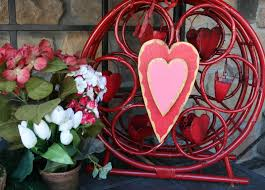 Flower Decoration For Valentine S Day by Adventures Of A Busybee Valentines Day Porch Decor
