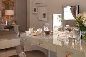 coiffeuse chambre le meuble coiffeuse se dévoile en 19 exemples