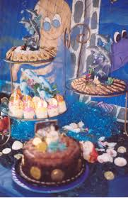 cakes vs cupcakes ask the party fairy