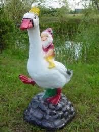 goose garden statue resin 70 cm high tale