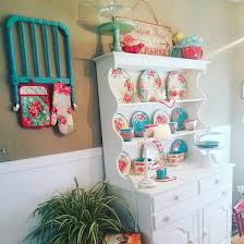 cute hutch pioneer woman pinterest pioneer woman kitchens