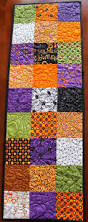 halloween quilt pattern 21 best images about spooky quilting on pinterest runners