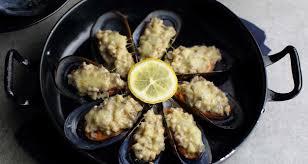 chef de cuisine philippe etchebest un chef une recette les moules de philippe etchebest ce n est