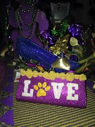 parade throws wholesale 348 best krewe of nyx purses inspiration images on