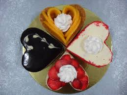dining out heart shaped mini cakes from park avenue desserts